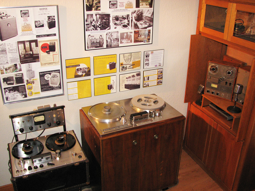 Reel2ReelTexas.com'sAmpex 200-A, Ampex 300 and Ampex 601 on display at the Phantom studio