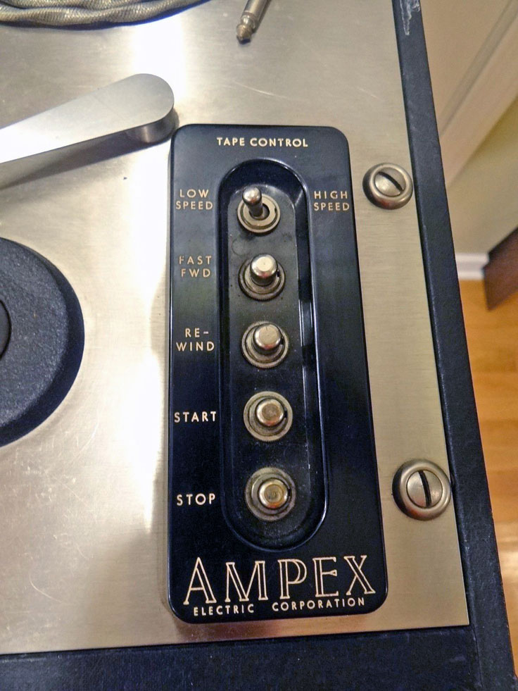 Ampex 400A photos provided by bjscc7/22/16 to the Reel2ReelTexas - Museum of Magnetic Sound Recording reel to reel vintage recording collection
