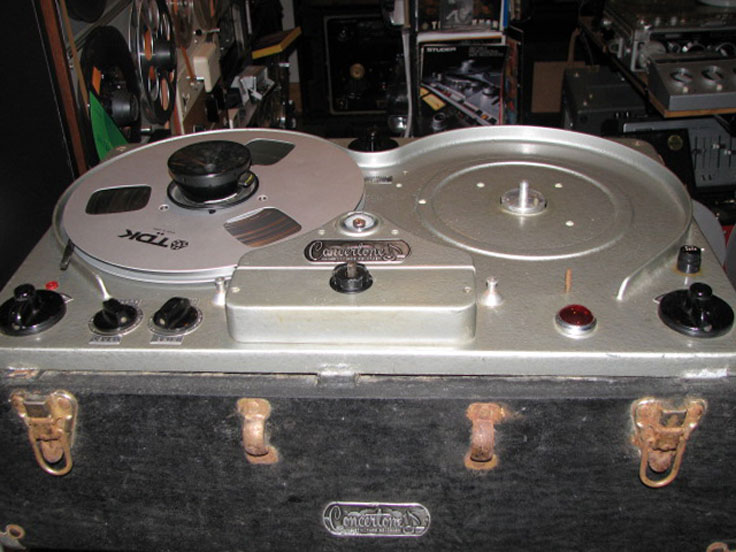 Concertone 1401 reel tape recorder in the Museum of magnetic Sound Recording