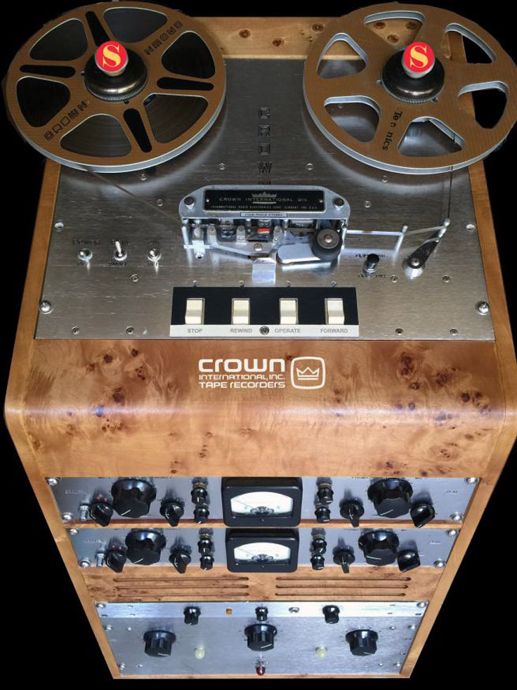 Crown 1400 professional reel to reel tape recorder photo in the Museum of Magnetic Sound Recording