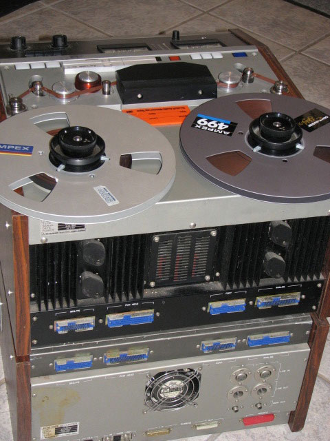 Mitsubisi X-80 digital reel to reel tape recorder in the Reel2ReelTexas vintage recording colection