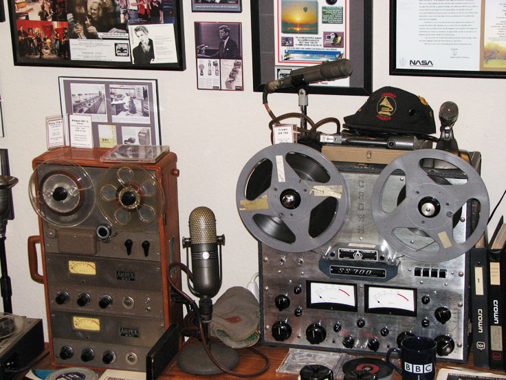 Museum of Magnetic Sound Recording - Ampex 601-2 & Crown 722 professional reel to reel tape recorders with the Electro Voice 666 andd the RCA 77DX microphones
