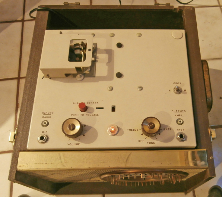 Pentron Dormiphone tape deck showing the top