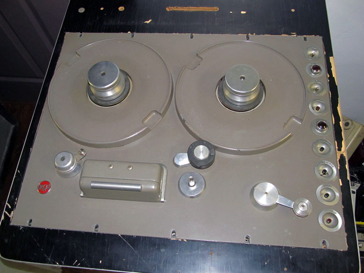 RCA Console M1-11942-A  Type RT-12A reel to reel tape recorder in the Reel2ReelTexas.com - Museum of Magnetic Sound Recording vintage recording collection