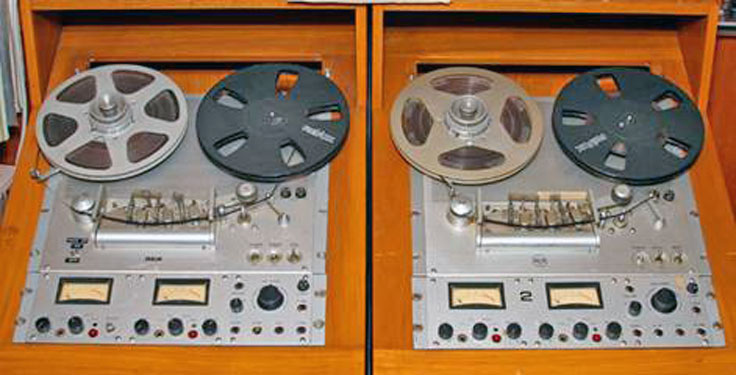 RCA RT 21D reel to reel tape recorder   photo from donated third parties in the Reel2ReelTexas.com - Museum of Magnetic Sound Recording vintage recording collection