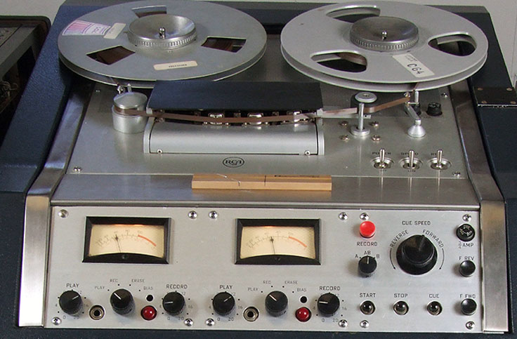 RCA RT-21 reel to reel tape recorder  photo from donated third parties in the Reel2ReelTexas.com - Museum of Magnetic Sound Recording vintage recording collection