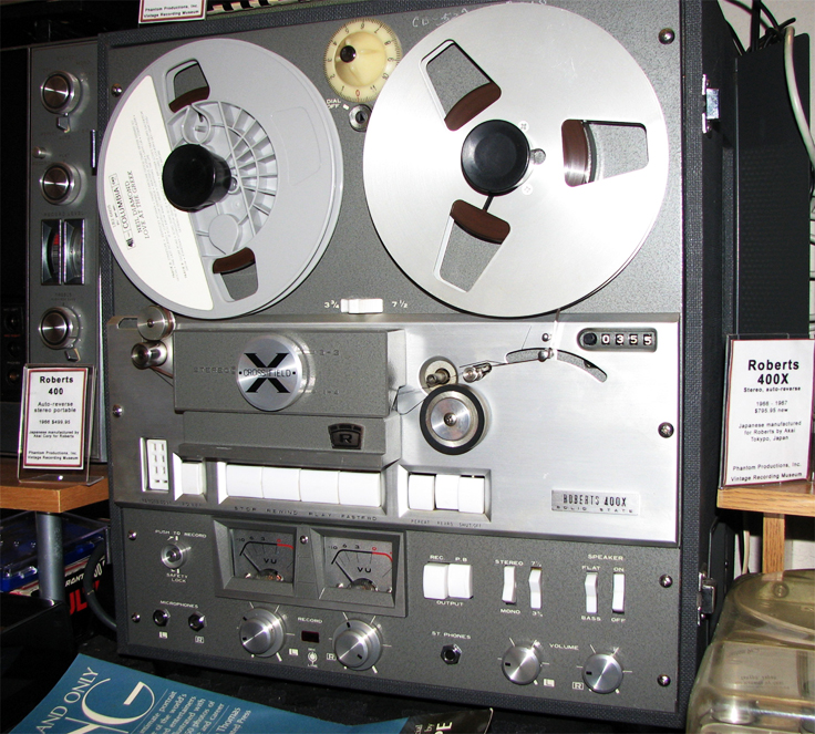Roberts 400X reel to reel tape recorder in the Reel2ReelTexas.com vintage reel tape recorder recording collection