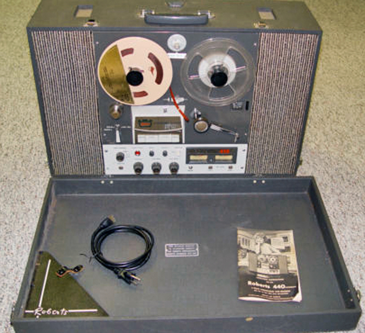 Roberts 440 reelto reel tape recorder