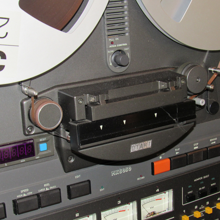 Splicing block on Otari MX5050 BQII reel to reel tape recorder in the Reel2reelTexas vintage recording collection