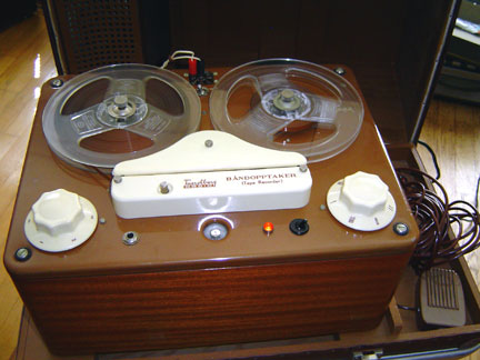 Tandberg TB-1 reel tape recorder was the first tape recorder built by Tandberg - the Museum of Magnetic Sound Recording