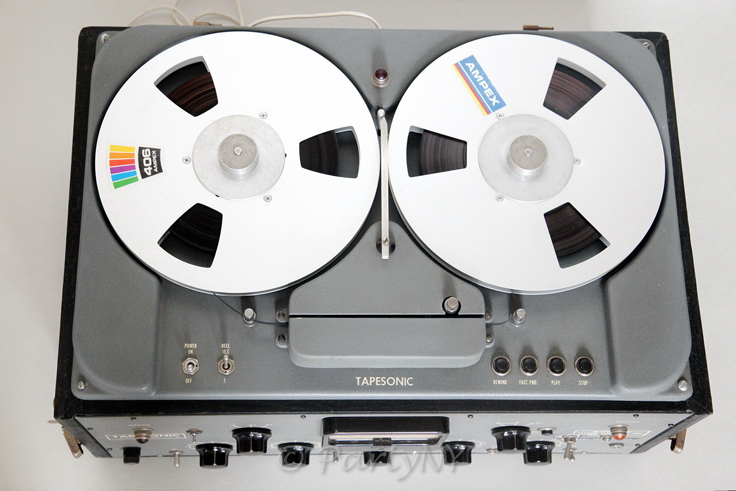 Tapesonic 70-B reel tape recorder photos from Dmitriy Shvetsov - partyny in the Reel2ReelTexas.com vintage recording collection