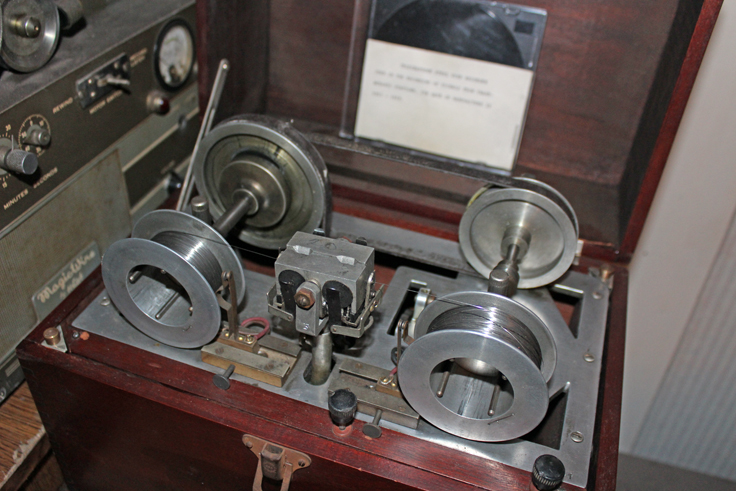 Telegraphone photo provided by Gaylord Ewing to the Museum of Magnetic Sound Recording vintage reel tape recorder recording collection