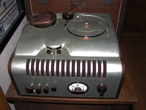 Webster Chicago 78 Wire recorder in the Reel2ReelTexas.com vintage recording collection