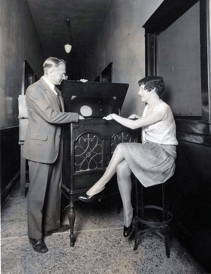 Vladimir K. Zworykin with a 1920 RCA TV