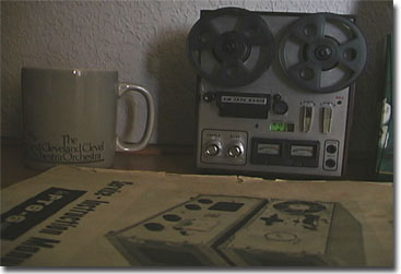 radio in form of a Roberts tape recorder