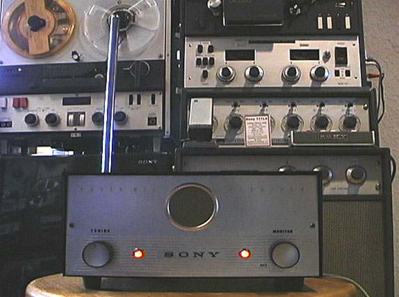 Sony CR-4 wirless microphone system